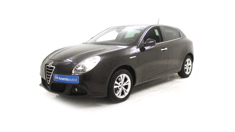voiture alfa romeo giulietta giulietta 1 6 jtdm 105 ch s s disti occasion diesel 2013. Black Bedroom Furniture Sets. Home Design Ideas