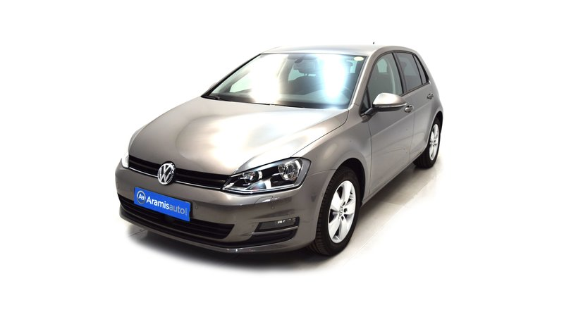 voiture volkswagen golf 1 2 tsi 105 confortline business sur quip e occasion 2015 9598 km. Black Bedroom Furniture Sets. Home Design Ideas