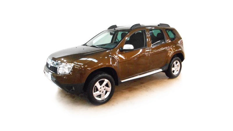 voiture dacia duster 1 5 dci 110 4x2 laur ate occasion diesel 2010 48788 km 12390. Black Bedroom Furniture Sets. Home Design Ideas