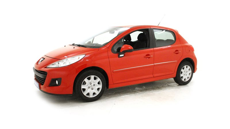 Voiture peugeot 207 75ch occasion essence 2013 - Garage voiture occasion clermont ferrand ...