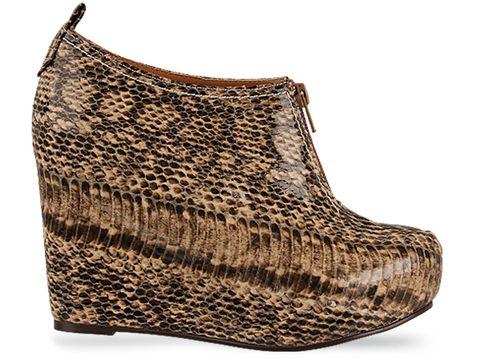 http://commondatastorage.googleapis.com/images2.solestruck.com/jeffrey-campbell-shoes/Jeffrey-Campbell-shoes-99-(Grey-Snake)-010604.jpg
