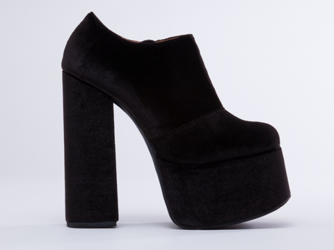 Jeffrey Campbell Fowley in Black Velvet size 6.0