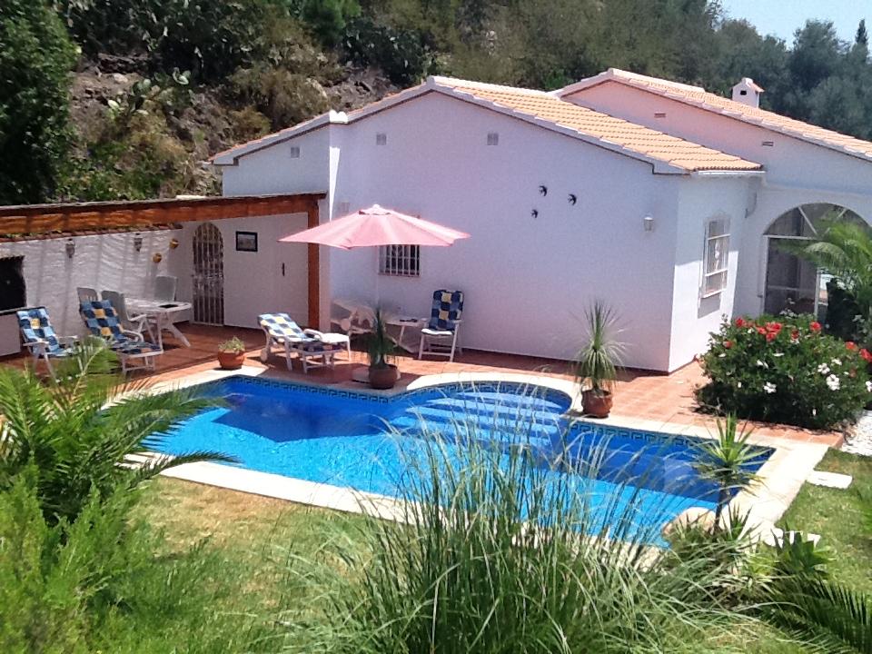Casa Romy | Zwembad met tuin van de vakantiewoning