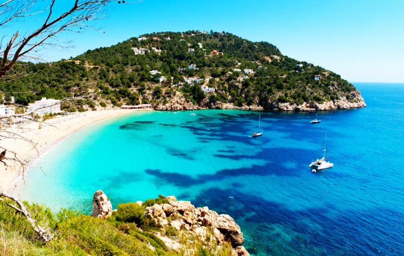 Cala de sant vicent anchorage