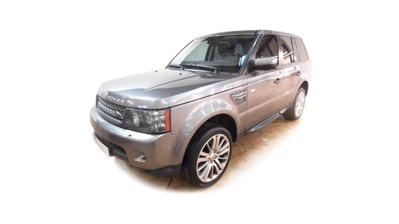 voiture land rover range rover mark v tdv8 hse premium a occasion diesel 2010 66223 km. Black Bedroom Furniture Sets. Home Design Ideas