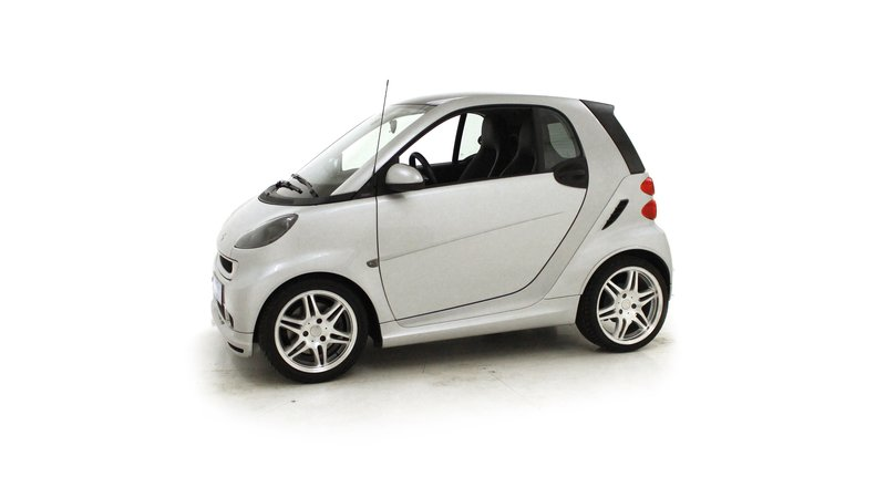 voiture smart fortwo smart coup 1 0 98ch brabus xclusive occasion essence 2009 70890 km. Black Bedroom Furniture Sets. Home Design Ideas