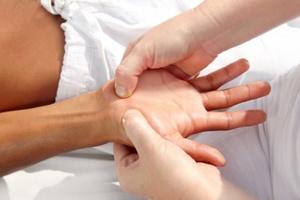 Social acupressure hand