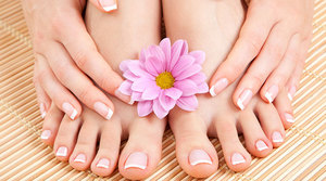 Social featured image manicure and pedicure