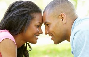 Social 12 daily habits of super happy couples ss2 1509107041
