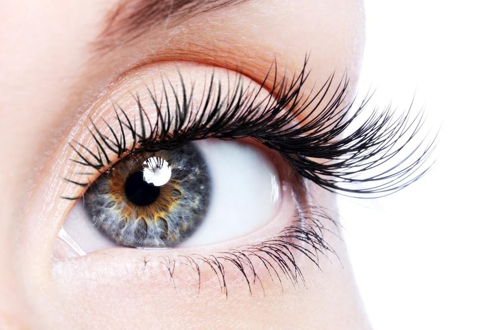 Eyelash extension pic stor