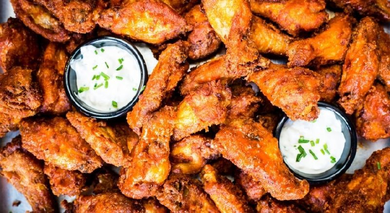 15672480 londons best buffalo wings t5aaf5628