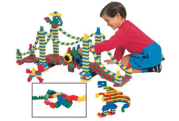 Flexiblocks Classroom Building Set - 740 Pieces