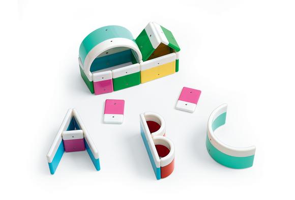 Magnetized Alphabet Building Blocks