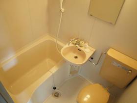 ジョイハウス深沢 202号室の風呂