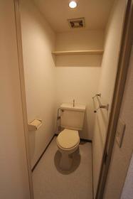 ベルメゾン 404号室のトイレ
