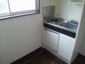 マロンハイツ一ノ割 201号室のキッチン