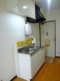 コーポパトリニア 201号室の玄関