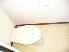 榎本マンション 201号室のトイレ