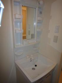 浦和プラザA 103号室の洗面所