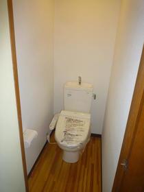 あずまコーポ 201号室のトイレ