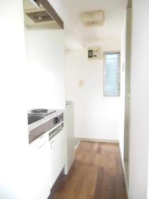 コーエーハピネス 103号室のキッチン