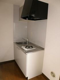 ローレルハイツ 202号室のキッチン