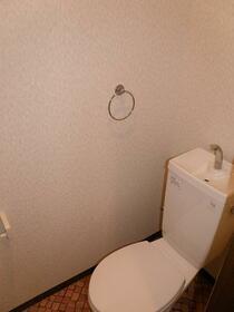 ローレルハイツ 202号室のトイレ