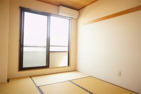 田中ビル 301号室の居室