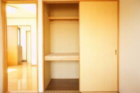 田中ビル 301号室の収納