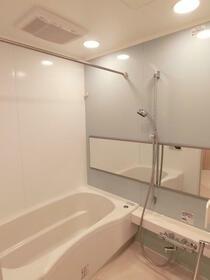パークハビオ駒沢大学 801号室の風呂