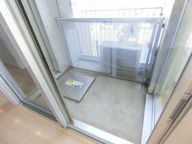 パークハビオ駒沢大学 801号室のバルコニー