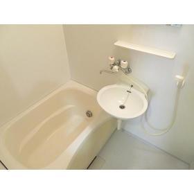 くるみハウス 0101号室の風呂