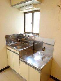 サンスフラット C号室のキッチン
