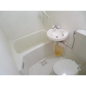 フローラルヒモンヤ 0201号室の風呂