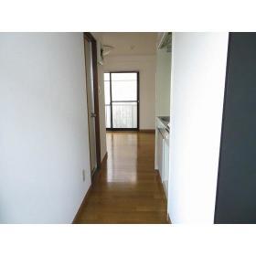 フローラルヒモンヤ 0201号室の玄関