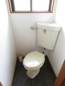 シルクハイツA 103号室のトイレ