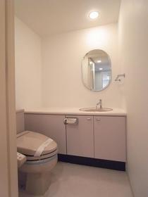 エトワール下馬 0206号室のトイレ