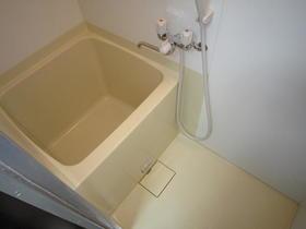 第二ほたか荘 222号室の風呂