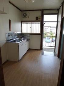 白樺荘 202号室のキッチン