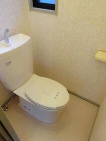 サンガーデン南町田C棟 101号室のトイレ