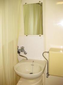 浅見ハイツ 201号室の洗面所