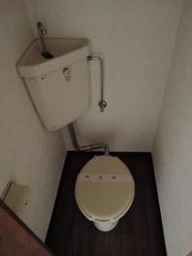 プリエール博多 105号室のトイレ