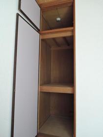 プリエール博多 105号室の収納