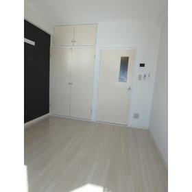 ホワイトピア Ⅰ 307号室のリビング