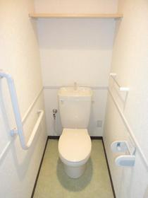 ヴィラコンプレール 208号室のトイレ
