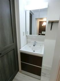 ハーミットクラブハウス目黒 04号室の洗面所