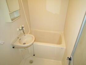 グラントゥール松崎 302号室の風呂