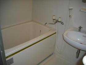 グランハイム川端-A 201号室の風呂