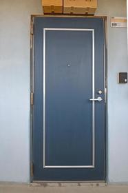 シャトレ21箱崎 403号室のエントランス