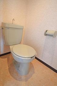 シャトレ21箱崎 403号室のトイレ